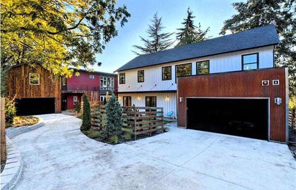 Urban Farmhouse on Seward in South Seattle