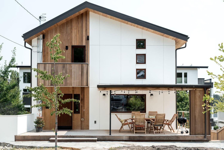 Veena and Andri's award-winning Green home in Seattle  (Yuriy Manchik)